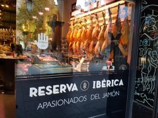 Paixão por jamón, em Zaragoza, ES